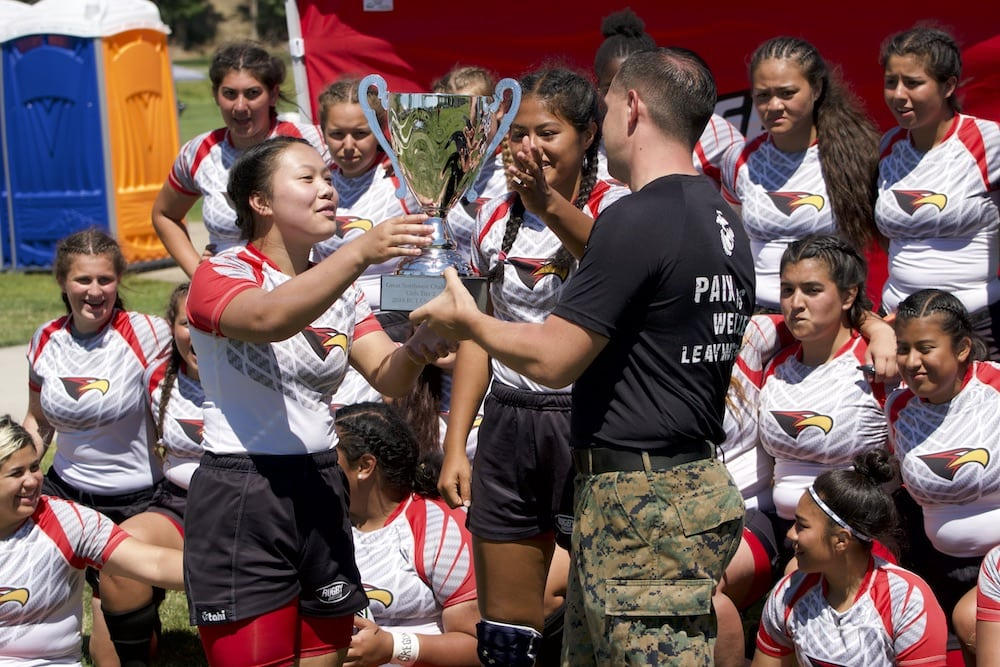 Marines Connect with Athletes at The RCTs