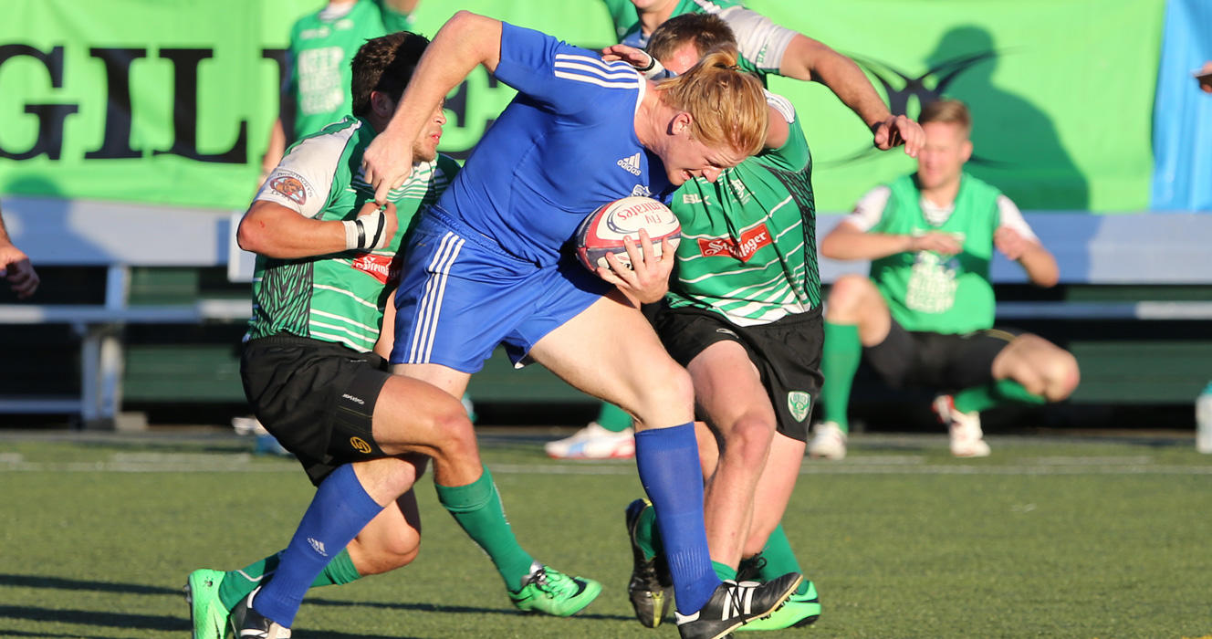 Club 7s splits the difference with Iowa venue